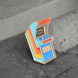 Jewelry - Retro Arcade Game Enamel Pin